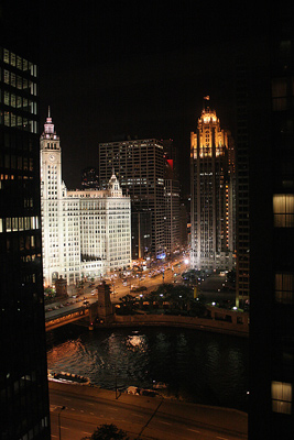 Night impression of Chicago